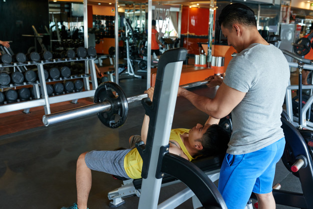 Exercice musculation pectoraux